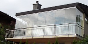 stiklintas balkonas